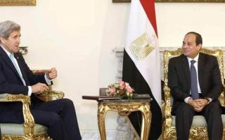 السيسي يبحث مع كيري عملية السلام والوضع الليبي