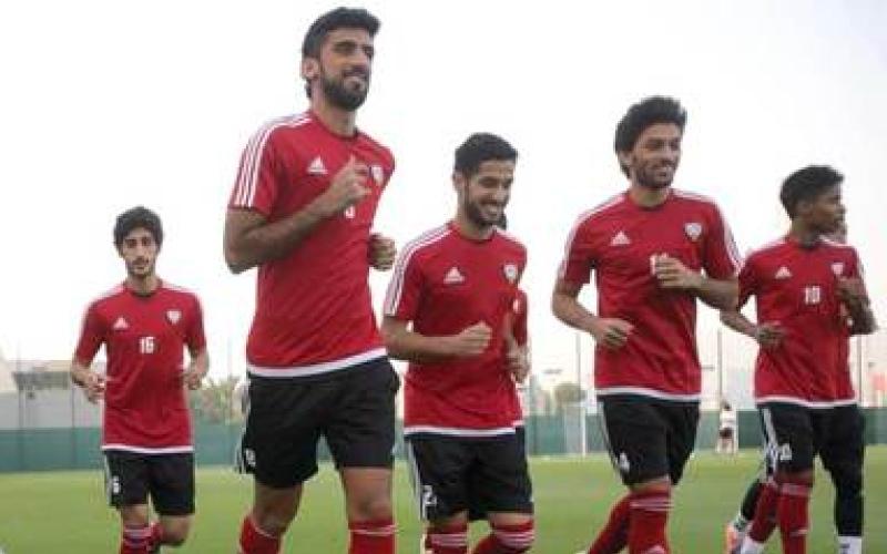 باوزا يبحث ترتيبات معسكر قطر وقائمة اللاعبين اليوم