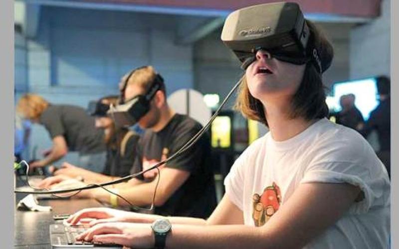شركات الكمبيوتر المكتبي تدخل مجال تصنيع نظارات الواقع الافتراضي