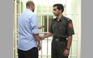 الصورة: «إسلامية دبي» تسدّد مديونية 13 سجيناً