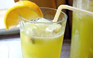 الصورة: حار بارد : عصير الكيوي مع الليمون