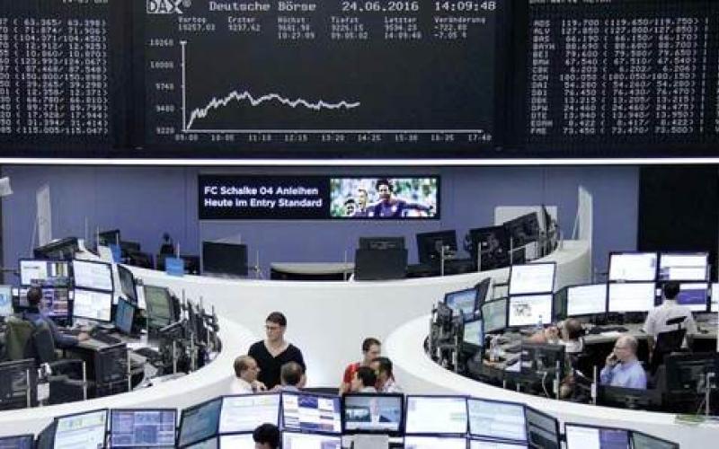 خروج بريطانيا من الاتحاد الأوروبي يخيّم بظلال سلبية على الأسواق العالمية
