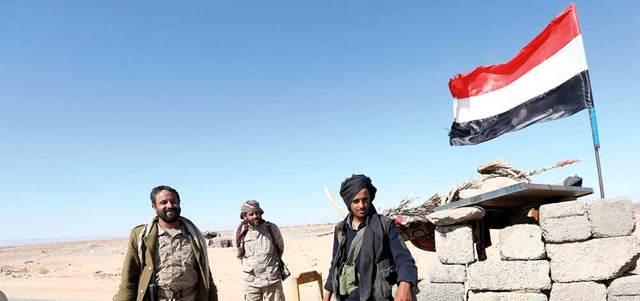 مقاومون تابعون لقوات الشرعية في فرضة نهم في صنعاء.  أرشيفية