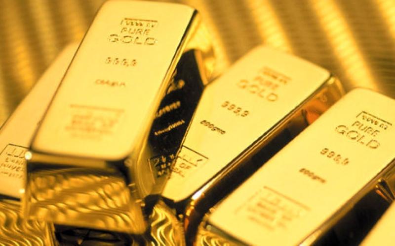 برنامج التحفيز الياباني يدعم استقرار أسعار الذهب