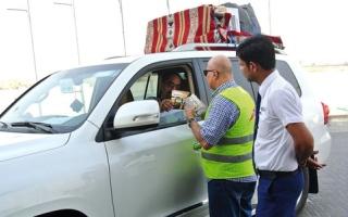 «طرق دبي» تدعو المسافرين براً   إلى مراعاة طقس الصيف