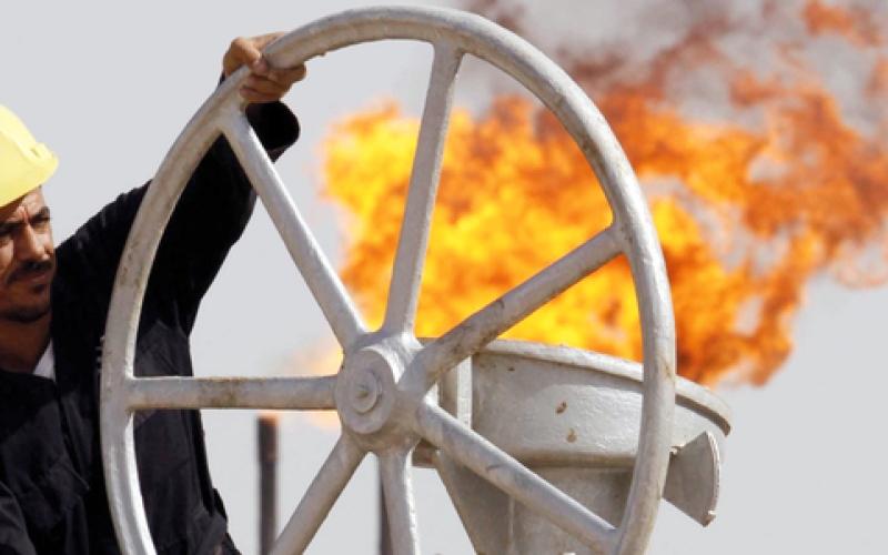 بوتين: تثبيت إنتاج النفط سيكون قراراً صائباً