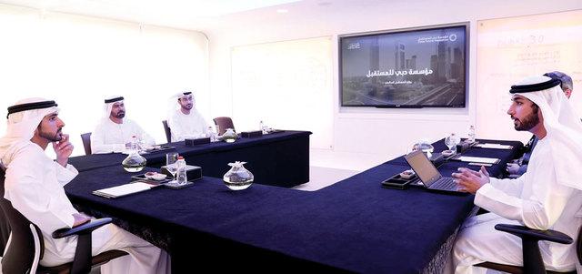 حمدان بن محمد يوجّه بتطبيق الجيل القادم من التكنولوجيا