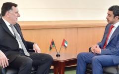 الصورة: عبدالله بن زايد يؤكد دعم الإمارات لحكومة الوفاق الليبية