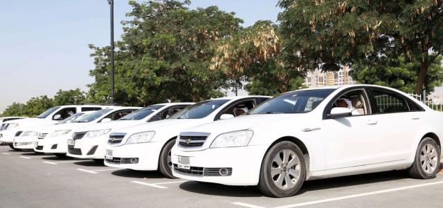 «مواصلات الإمارات» تدرّب 200 سائق  على التعامل  مع كبار الشخصيات  «مواصلات الإمارات» تدرّب 200 سائق  على التعامل  مع كبار الشخصيات