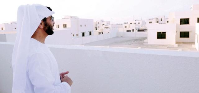 حمدان بن زايد يتفقد «بدع المطاوعة» السكني في «الغربية»