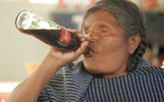 إدمان الكوكاكولا بين سكان المكسيك الأصليين يشكل خطراً على حياتهم