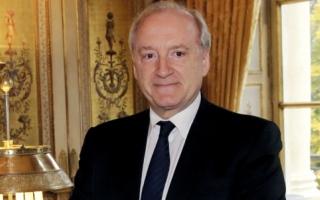 وزير فرنسي سابق: انسحاب أميركا من حلف الأطلسي سيسبب هلعاً في أوروبا