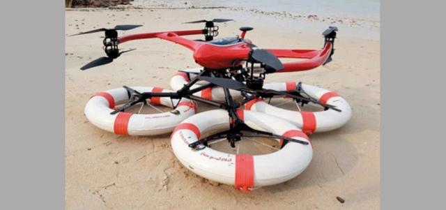 «دفاع مدني عجمان» يتسلم طائرة من دون طيار للإنقاذ البحري