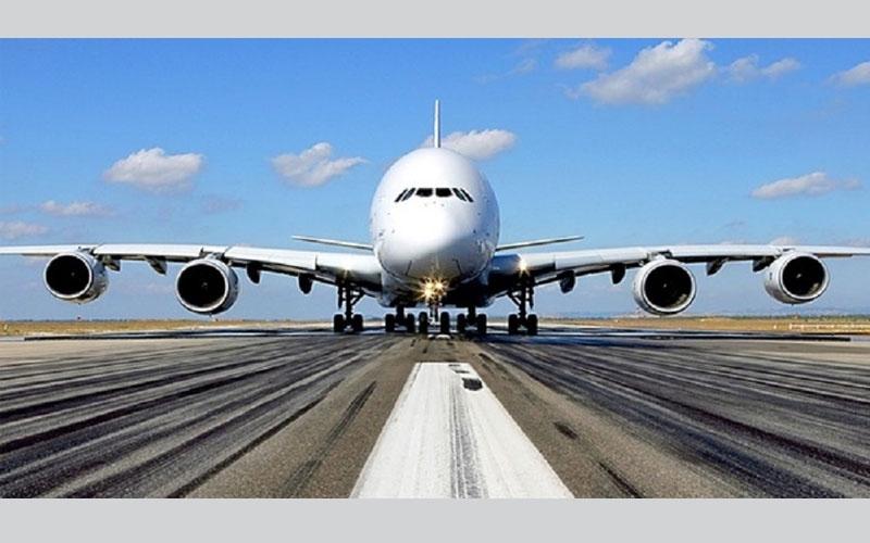 شركة طيران تلغي 137 رحلة بسبب إضراب طياريها