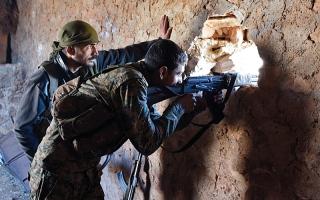 تقدم لجيش النظام في حلــب.. مع قصف مكثف وغارات روسية