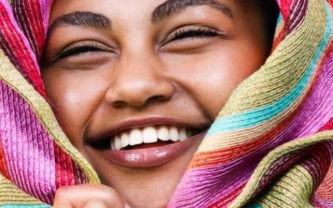 الشلوخ ..  «بوتوكس وفيلــير»  سوداني   للجمال والشجاعة