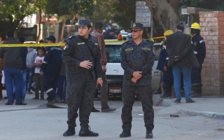 استشهاد 6 من رجال الشرطة المصرية  في انفجار بالجيزة