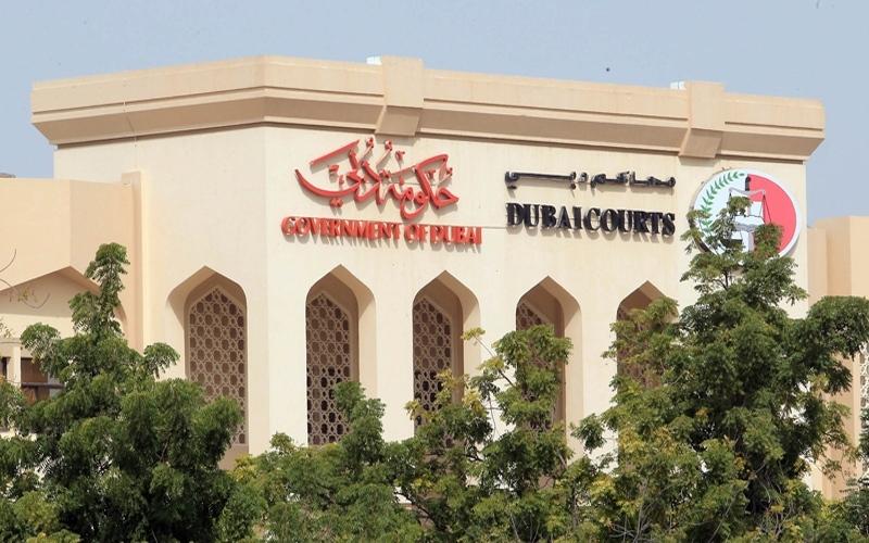 «إسعاد الموظفين» في محاكم دبي يوفد دفعة من المسلمين الجدد لأداء العمرة