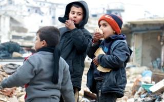 اتفاق بين النظام والمعارضـــة لاستئناف عمليات الإجلاء من حلب