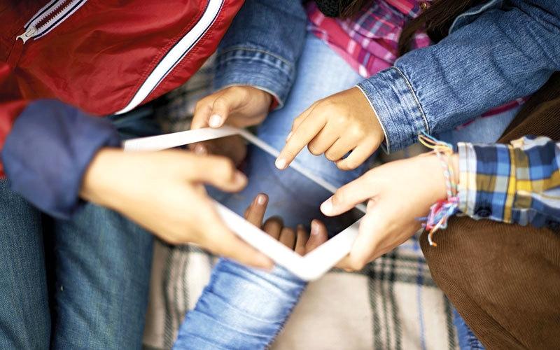الصورة: دراسة: الأطفال في الإمارات بالمرتبة 50 عالمياً في زيارة مواقع إنترنت محفوفة بالمخاطر