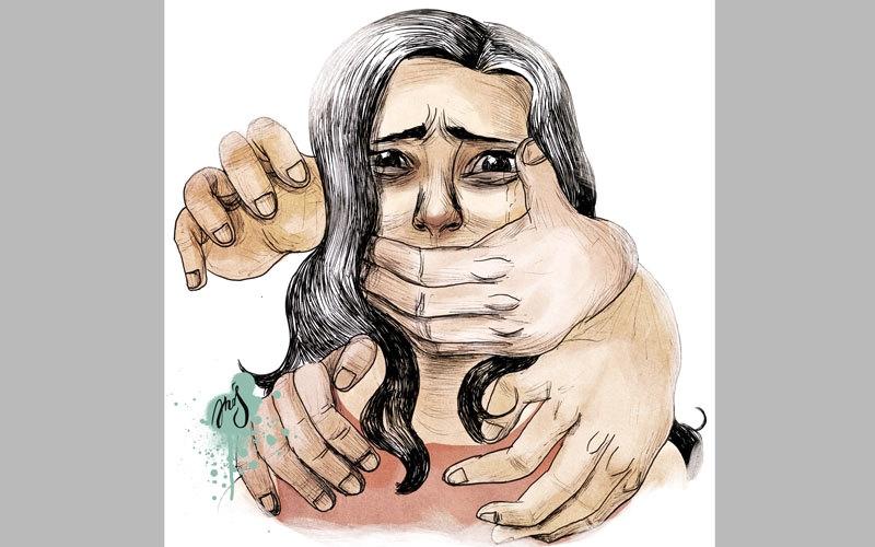 «استئناف دبي» تبرّئ 5 أشخاص من خطف موظفة