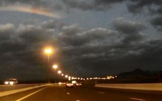 """جولة في طرق الإمارات الجبلية بتقنية """"time lapse"""""""
