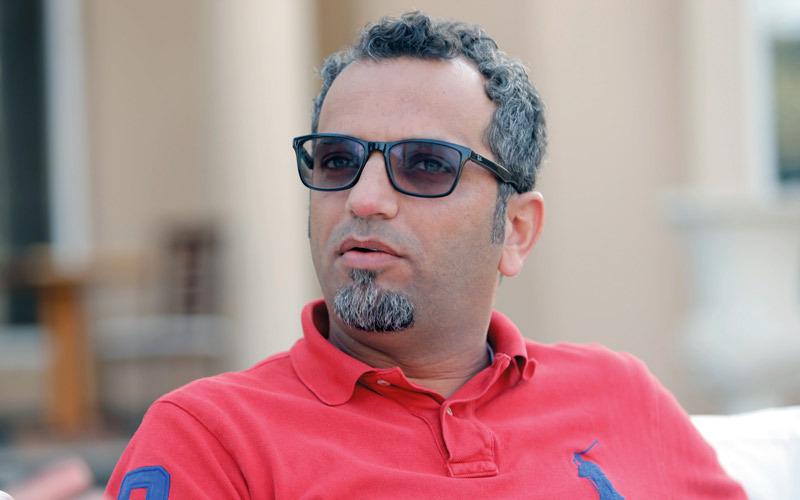 عماد العنزي : «العمل في الإمارات وفي دبي تحديداً، له طعم آخر، فكل شيء بين يديك، بدءاً بمواقع التصوير وصولاً إلى جميع متطلبات التصوير».