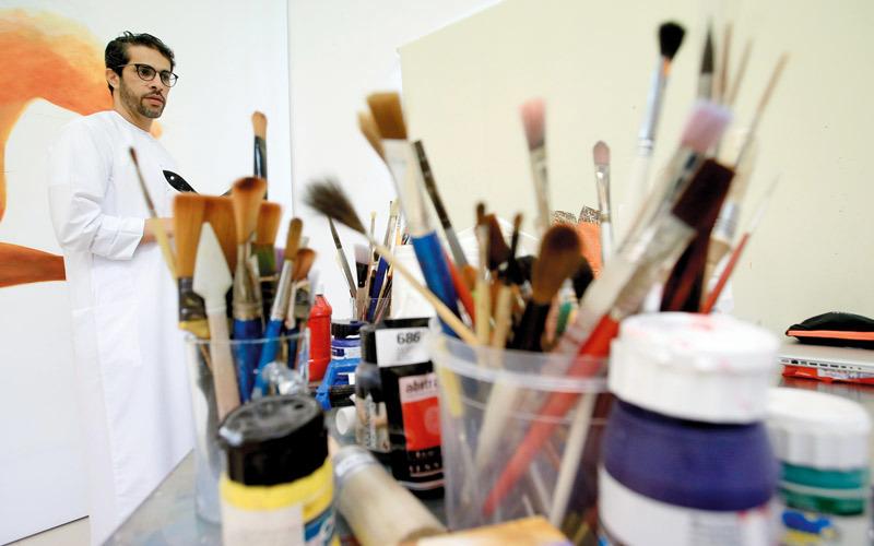 مطر بن لاحج: المرسم لا يسرقني من حياتي