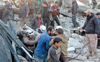 انفجارات تهز قاعدة المزة العسكرية.. ودمشق تتهم إسرائيل