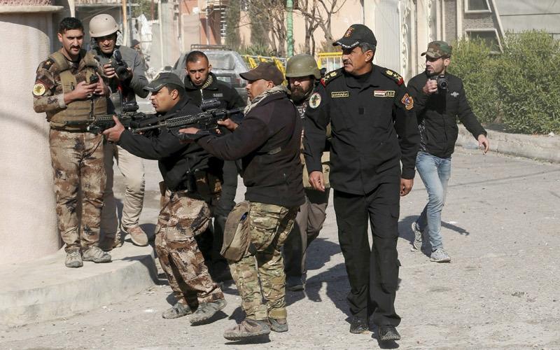 القوات العراقية تسيطر على الساحل الأيسر للموصل