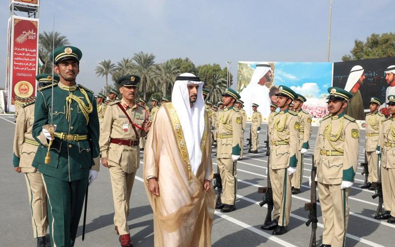 حمدان بن محمد يشهد تخريج الدورة الـ 24 من المرشحين الضباط