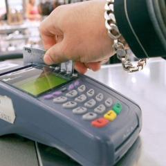 استخدام بطاقات الائتمان أثناء السفر