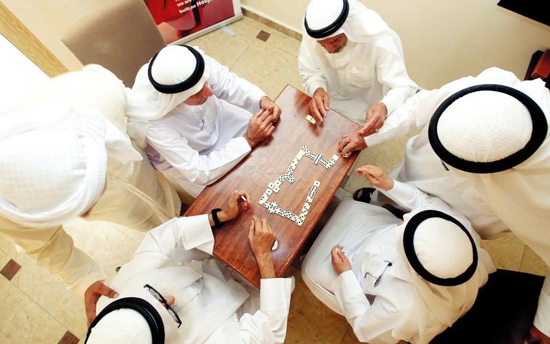 «الإمارات لأصدقاء المسنين» تُخرج «الشواب» من عزلة المنازل
