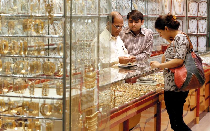 تجار: أسعار الذهب محفزة للشراء بدعم من السياح   وعروض «دبي للتسوق» - الإمارات اليوم