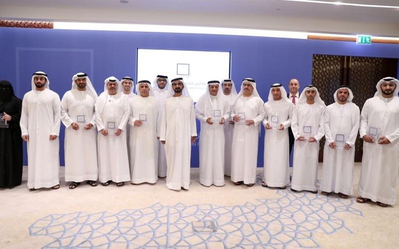 محمد بن راشد: الكثير من مشاريع دبي الضخمة كانت في يوم من الأيام أفكاراً صغيرة قدمها أفراد