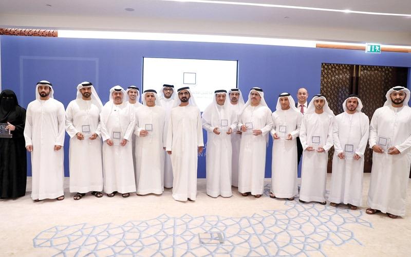 محمد بن راشد: المجتمع فريقنــا الحقيقي.. والحكومة ذراع تنفيذية للمشروعات والمبادرات
