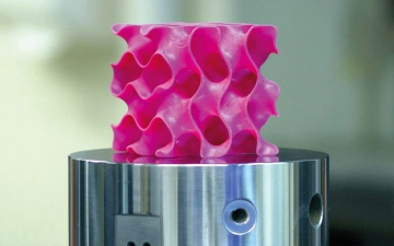الطباعة الرقمية تُنتج هياكل «جرافين» أخف من الهواء وأصلب من الفولاذ 10 مرات