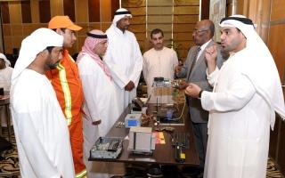 بلدية دبي تدرب ذوي الإعاقة على إعادة تأهيل الحواسيب