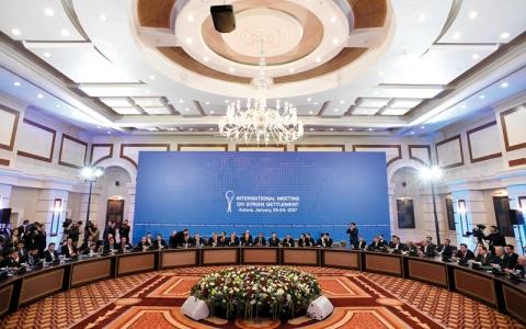المعارضة السورية تتوعد باستئناف القتال حال فشل محادثات أستانة