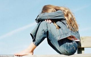 الصورة: تزايد حالات القلق في بريطانيا لدى المراهقين بسبب وسائل التواصل الاجتماعي