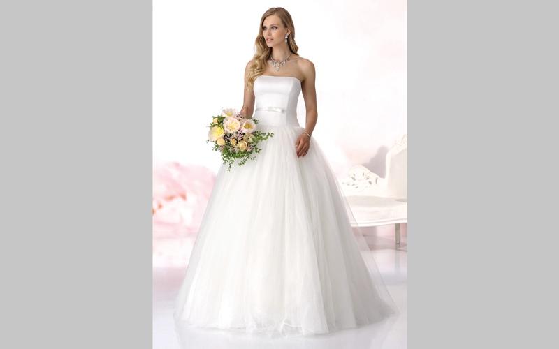 5 نصائح لاختيار فستان الزفاف المناسب