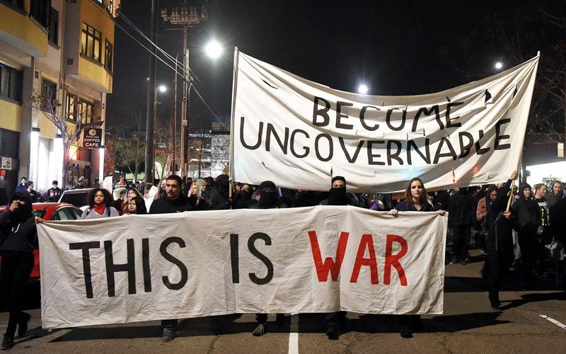 تظاهرات في جامعة بيركلي الأميركية ضد صحافي مثير للجدل