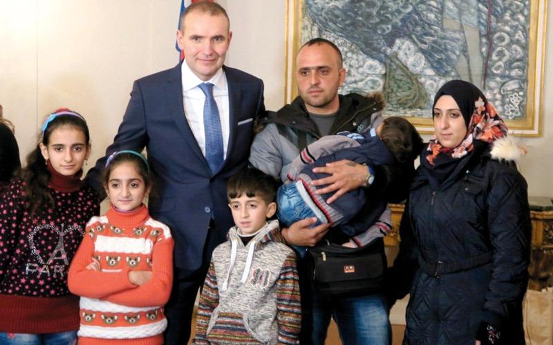 لاجئون سوريون يجدون موطناً في آيسلندا القطبية