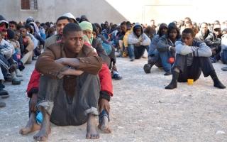 الصورة: الفراغ الحكومي في ليبيا يجذب القوى الخارجية واللاجئين