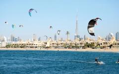الصورة: دبي.. نشاطات استثنائية وخيارات لا تُنسى على شواطئ الخليج العربي