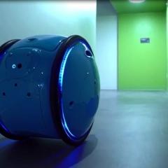 بالفيديو.. حقائب روبوت تحمل البضائع وتتبع خطواتك