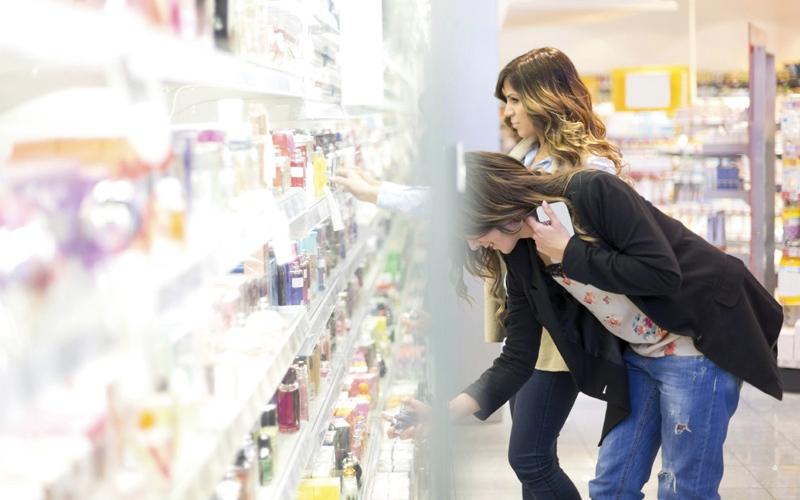 كندية تشكو التمييز بين المنتجات النسائية والرجالية