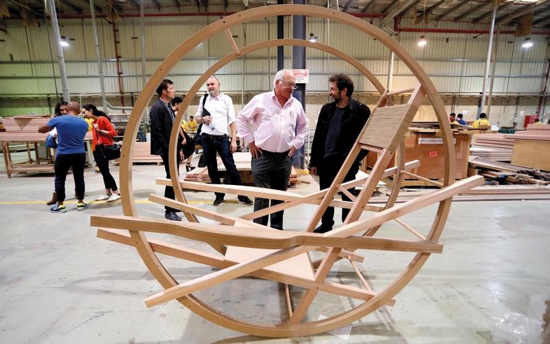 «أيام التصميم دبي».. 350 عملاً فنياً من 39 دولة