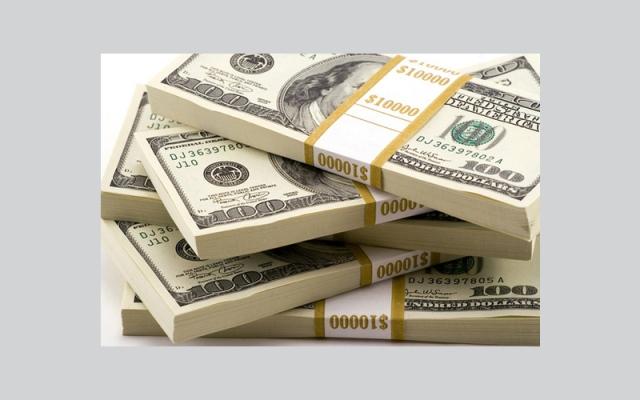 Jordanian student wins one million dollars at Dubai airport