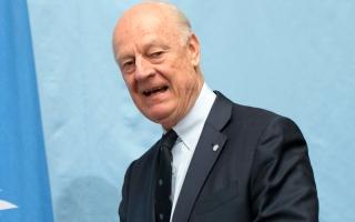 لافروف بحث مع تيلرسون إقامة مناطق آمنة في سورية